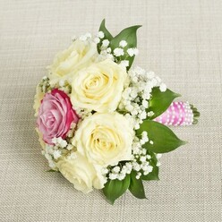 THE ONE BRIDESMAID BOUQUET