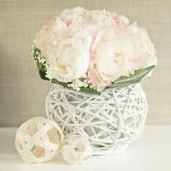 LIGHT PINK PEONIES WEDDING ARRANGEMENT